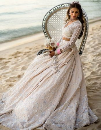 https://radhedesigner.com/images/thumbs/0041197_lehengas-by-style_450.jpeg